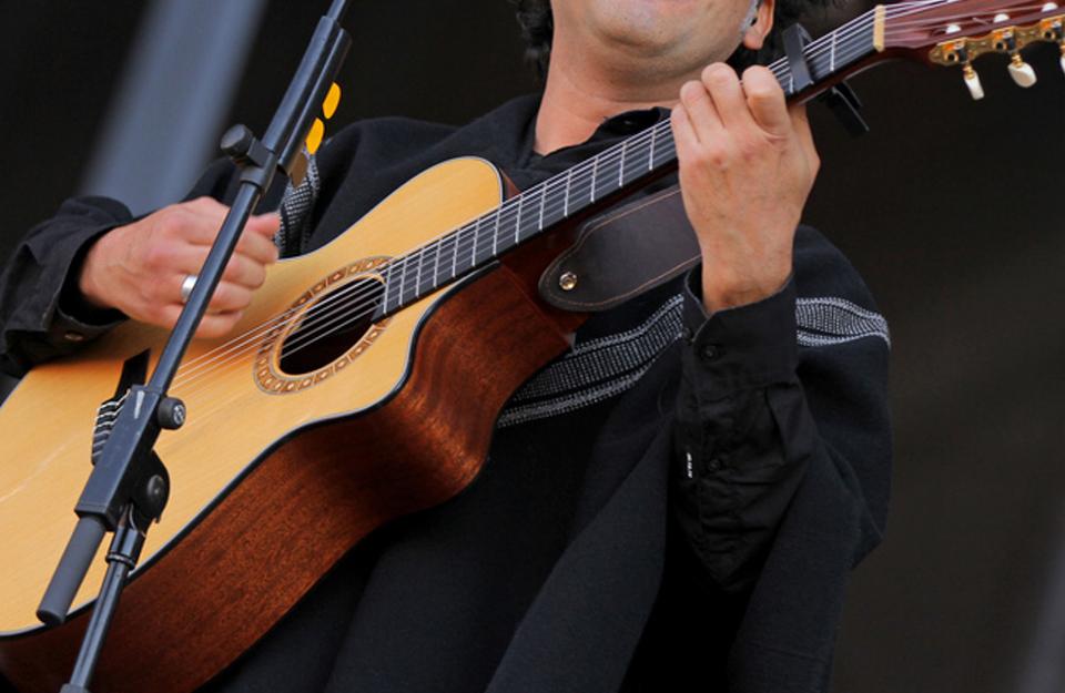 6 playlists para celebrar el Día de la Música Chilena | Marca Chile