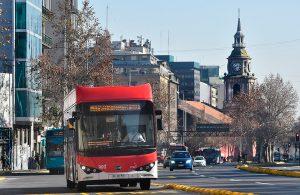 En el Día Internacional del Aire Limpio: La electromovilidad se toma las calles de Santiago